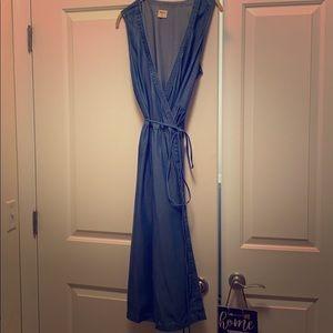 GAP Sleeveless Denim Wrap Dress- L